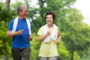 8 Jenis Olahraga buat Lansia dan Manfaatnya